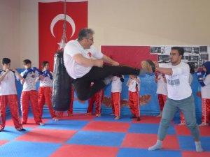 Develi'den Wushu Türkiye Şampiyonasına 3 Sporcu Katılacak