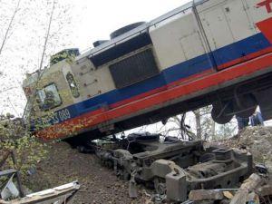 Başı Boş Kalan Tren Faciaya Ramak Kala Durduruldu!
