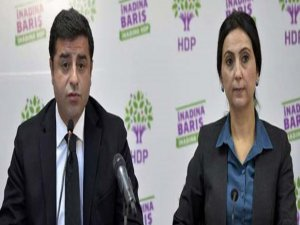 Demirtaş ile Yüksekdağ Kayseri'deki iftira davasından beraat ettiler