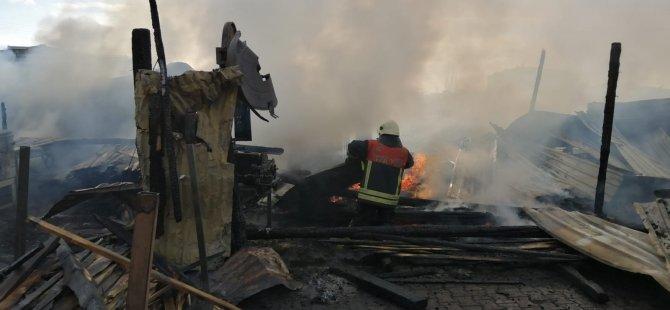 Argıncık'ta Kereste deposunda yangın