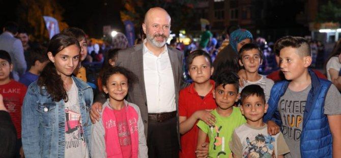 Çolakbayrakdar, Ramazan Coşkusunu Vatandaşlarla Birlikte Yaşıyor