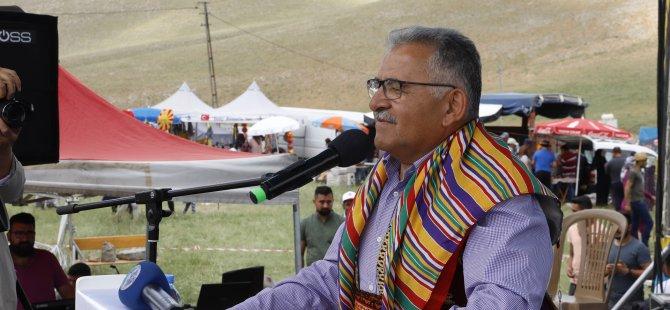 Büyükkılıç, Akkışla'da Yoğurt Bayramı ve Kilim Festivali Ağası seçildi