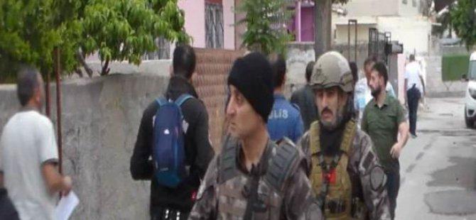 Özel Harekat destekli büyük operasyon 52 kişi yakalandı