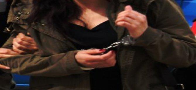 Fetönün talimatıyla bankaya para yatıran kadına 2 yıl hapis