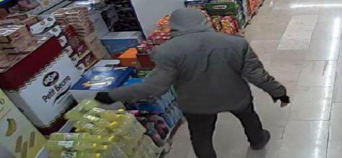Marketten 106 TL değerinde çikolata çalan iki hırsız yakalandı