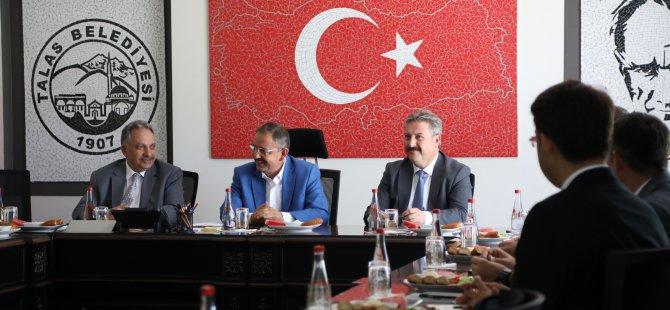"""Yalçın: """"Birlik ve beraberlik içerisinde Kayseri'ye hizmet edeceğiz"""""""