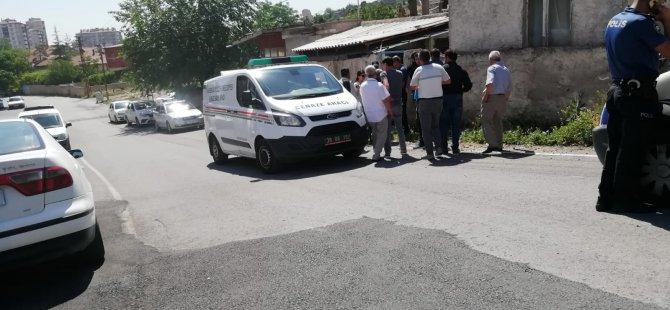 Karacaoğlan'da Evin çatısından düşen adam hayatını kaybetti