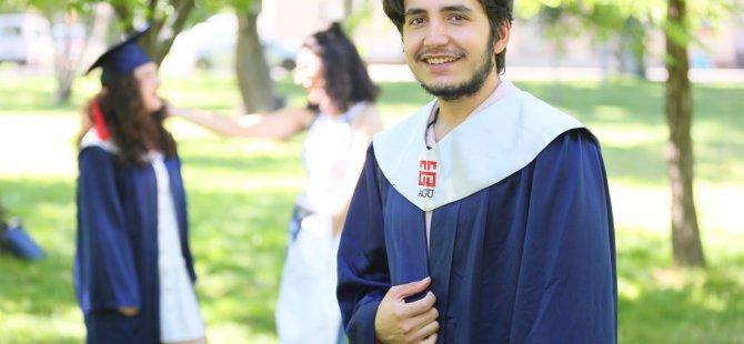 AGÜ'nün mezuniyet törenine Gül de katılacak