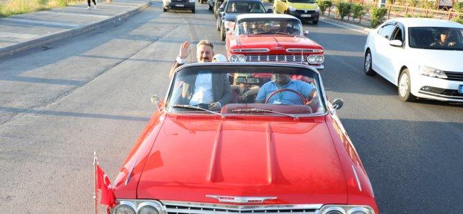 Melikgazi Klasik Otomobil tutkunlarını bir araya getirdi