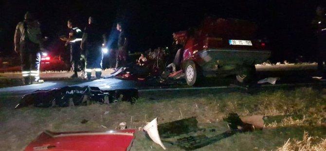 Otomobil hurdaya döndü: 1 ölü, 1 yaralı