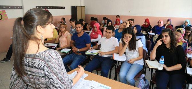 """Palancıoğlu: """"İstikbali parlak gençlerimizi kurslarımıza bekliyoruz"""""""