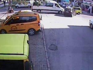 Kocasinan Serçeönü Mahallesi'nde öğrenci servisine böyle çarptı