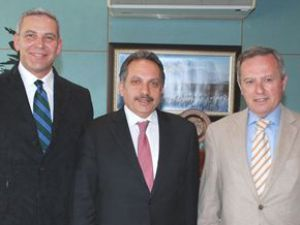 Binicilik Federasyonu Mustafa yalçın'ı ziyaret etti