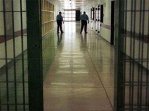 Mahkumlara eşleri ile mahrem şekilde görüşme izni veren düzenleme bugün yürürlüğe girdi