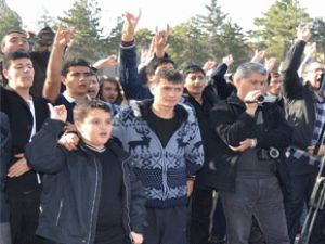 KAYSERİ ÜLKÜ OCAKLARINDAN DEVLET BAHÇELİ'YE DESTEK