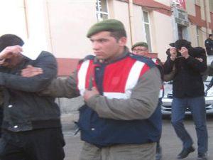 Kayseri'de Maskeli Hırsızlar Yakalandı