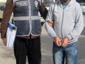 KAYSERİ'DE İŞ VAADİYLE  GARİBANLARI DOLANDIRDI