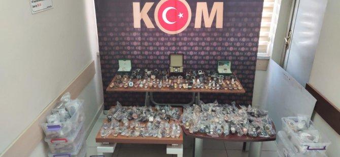 Kayseri'de piyasa değeri 500 bin TL olan kaçak saat ele geçirildi