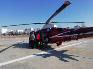 Yahyalı'da 84 yaşındaki hasta hava ambulansı ile hastaneye yetiştirildi