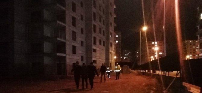Erciyesevler'de Bunalıma giren genç, inşaatın 14. katına çıktı