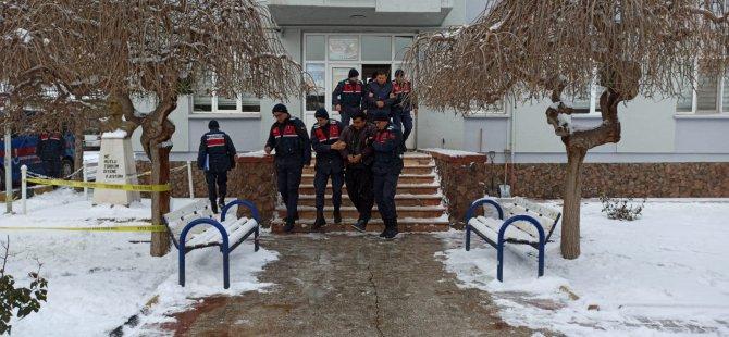 Kayseri'de hayvancılıkla uğraşanları dolandıran: 4 kişi yakalandı