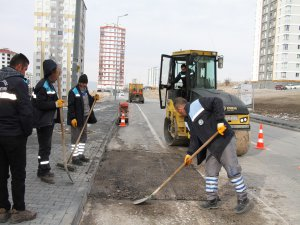 Talas Belediyesi asfalt sermeye devam ediyor