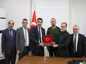 Kayseri'de Hizmet-İş Üç Farklı Belediyede TİS İmzaladı