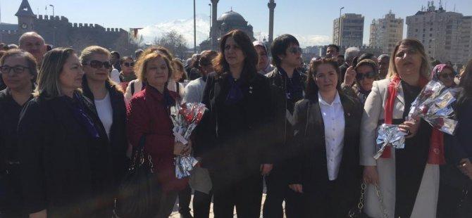 CHP Kayseri İl Başkanlığı 8 Mart Dünya Kadınlar Gününü kutladı