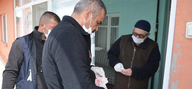 Bünyan Belediyesi yaşlılara şefkat elini uzatmaya devam ediyor
