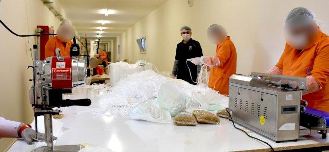Günde 17 bin maske üretiliyor