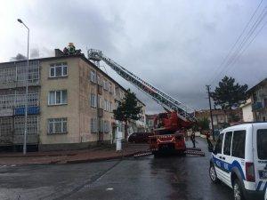 Yeniköy mahallesinde baca yangını