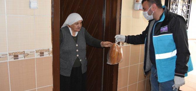 Kocasinan Belediyesi ihtiyaç sahibi olan 130 bin aileye yardım etti