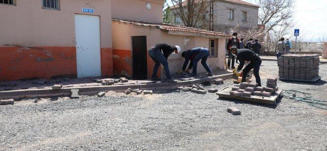 Melikgazi Belediyesi alt yapı ve üst yapı çalışmalarına devam ediyor