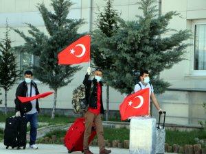 Kuveyt'ten getirilen 248 kişi Kayseri'de karantinaya alındı
