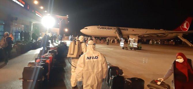 Almanya'dan getirilen 157 kişi Kayseri'ye ulaştı