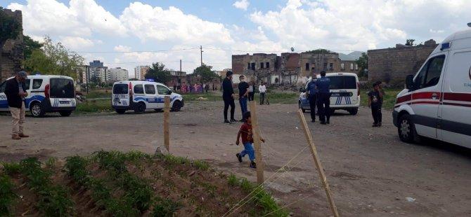 Taceddin Veli Mahallesi'nde Çocuk yüzünden aileler birbirine girdi