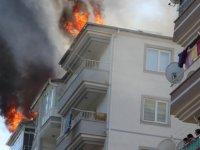 Kocasinan zümrüt'te çatı yangını