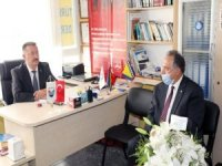 Başkan Yalçın Kayseri Bosna Türkleri Yardımlaşma ve Dayanışma Derneği'ni ziyaret etti