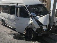 Şehit Taha Carım Bulvarı'nda 4 aracın karıştığı kazada 7 kişi yaralandı