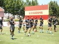 Kayserispor sezonun ilk antrenmanına çıkıyor