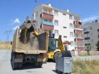 Bünyan Belediyesi Şelale, Şahsenem ve Çağlayan evlerinde ot ve moloz temizliği yaptı
