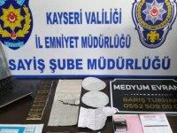 Kayseri'de gurbetçi kadın, büyü bozdurmak için 35 bin euro'sunu kaptırdı