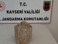 Yahyalı'da kenevir ve tarihi eser kaçakçılığı yapan 3 kişi yakalandı