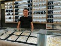 Baykan Sarraf İşletme Sahibi Murat Baykan, altın piyasasını değerlendirdi
