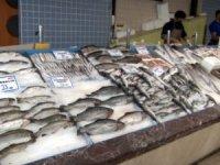 Kayseri'de tezgahlar balıkla doldu