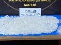 Uyuşturucu tacirine darbe: 1.5 kilo uyuşturucu ele geçirildi