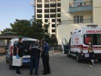 Zümrüt Mahallesi'nde 9. kattan düşen kadın hayatını kaybetti
