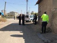 Kayseri'de Babasının sürdüğü otomobil altında kalan çocuk hayatını kaybetti