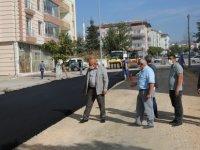 Develi'de Türkeş Caddesi'nde sıcak asfalt serimine başlandı