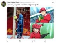 Gecenin yıldızı Lung Sosyal medyayı salladı...
